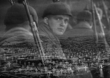 "FIGURA 66 - Still do filme ""All Quiet On The Western Front"", de John Ford (1979)"