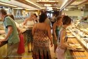 Queen Elizabeth - Lido restaurant