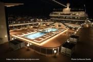 MSC Meraviglia by night - Atmosphere pool