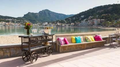 terraza restaurante es canyis playa puerto soller