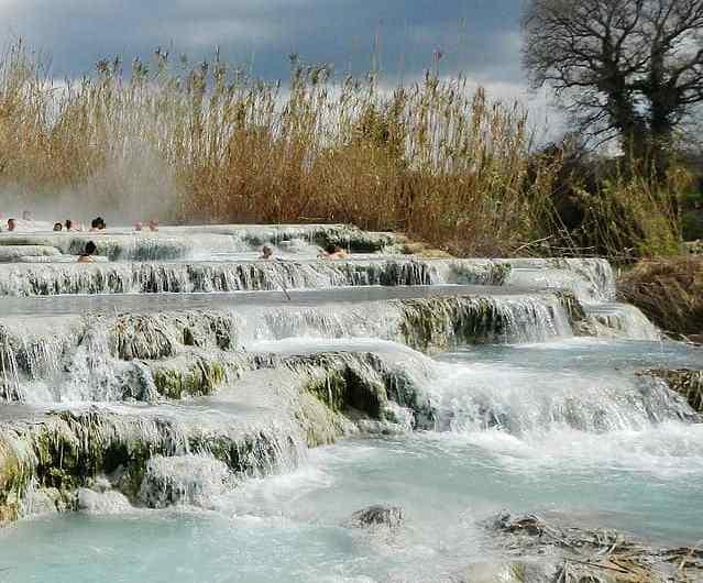 Viajar por la Toscana: las termas de Saturnia