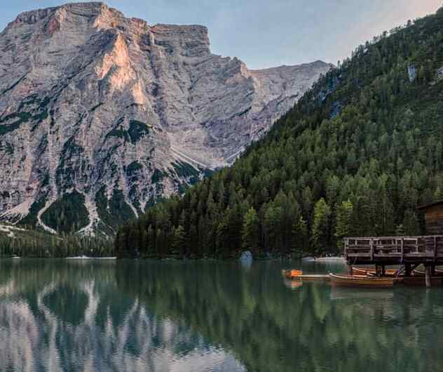 Visita al Lago di Braies: la perla de los lagos Dolomitas