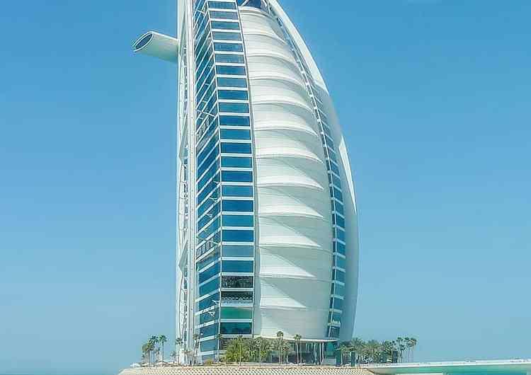 La pista de tenis más alta del mundo: Burj al Arab, Dubai
