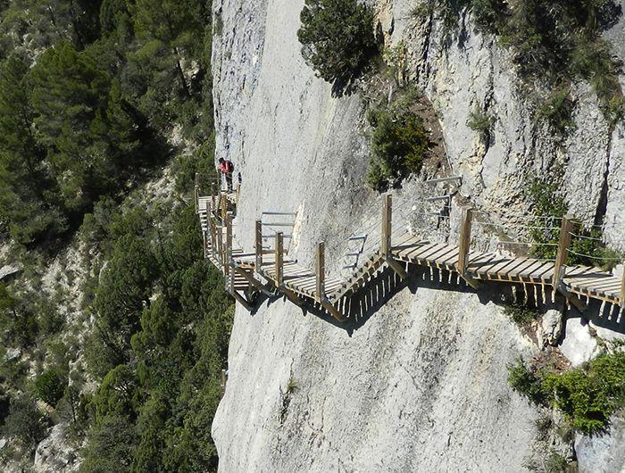 Pasarelas de Montfalcó: la ruta más vertiginosa de Aragón
