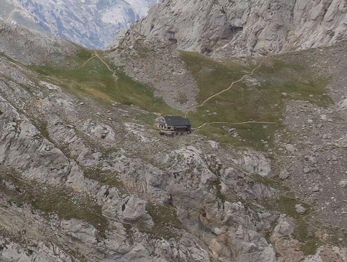 Collado Jermoso: un refugio con webcam a 2.064 metros sobre Valdeón