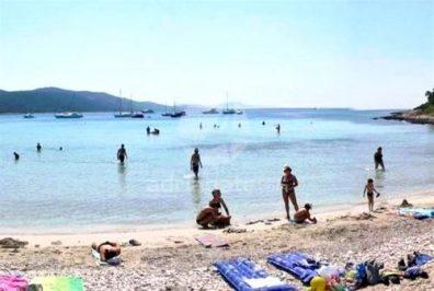 plage de saharun a dugi otok