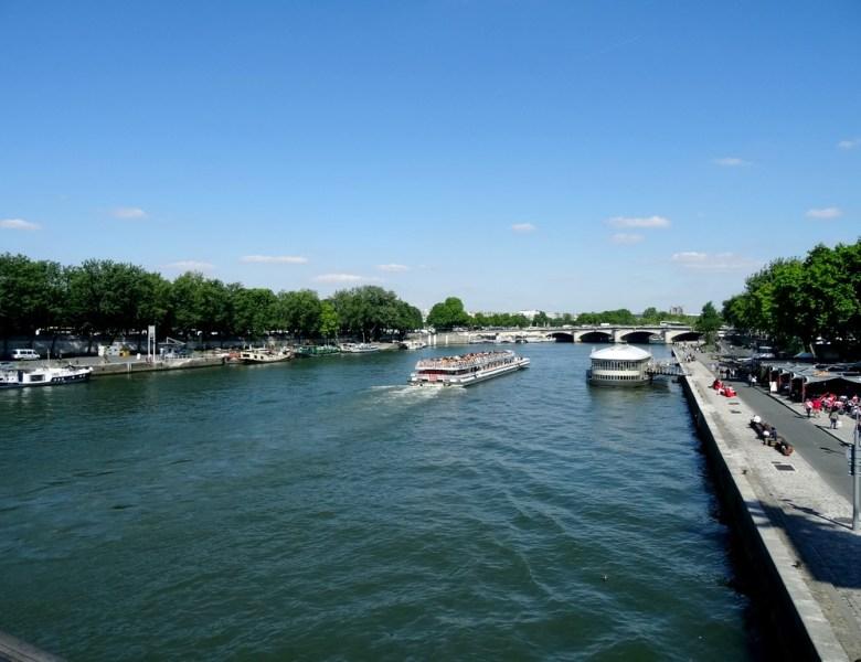 Tellement jolie, elle m'ensorcelle, la Seine, la Seine, la Seine.