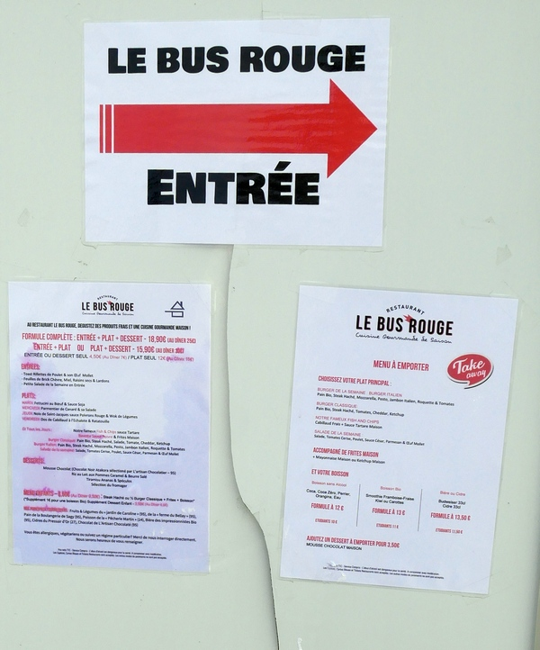 le bus rouge cergy pontoise