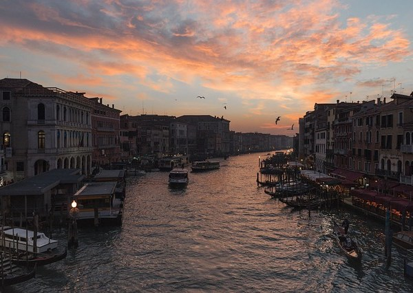Venise ce sera une autre fois