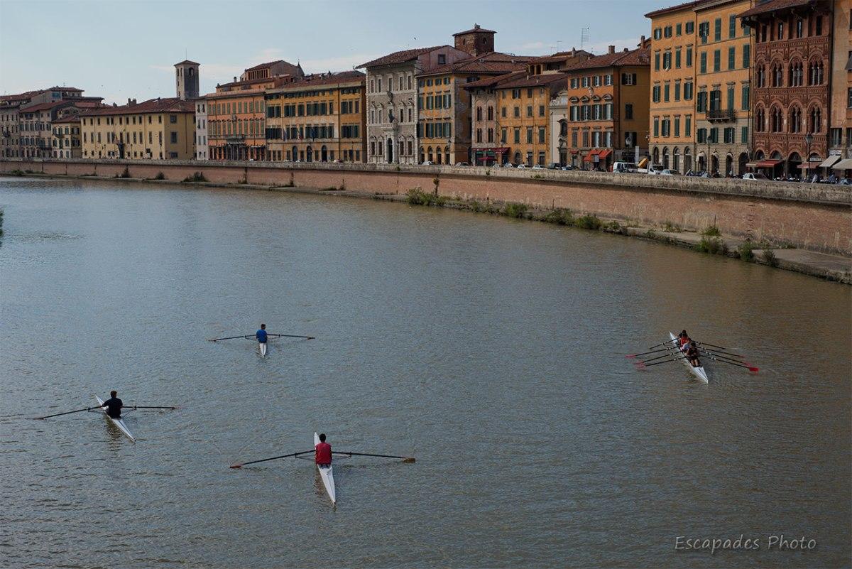Pise, aviron sur le fleuve Arno
