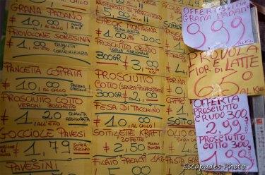 Naples : Réclames alimentaires