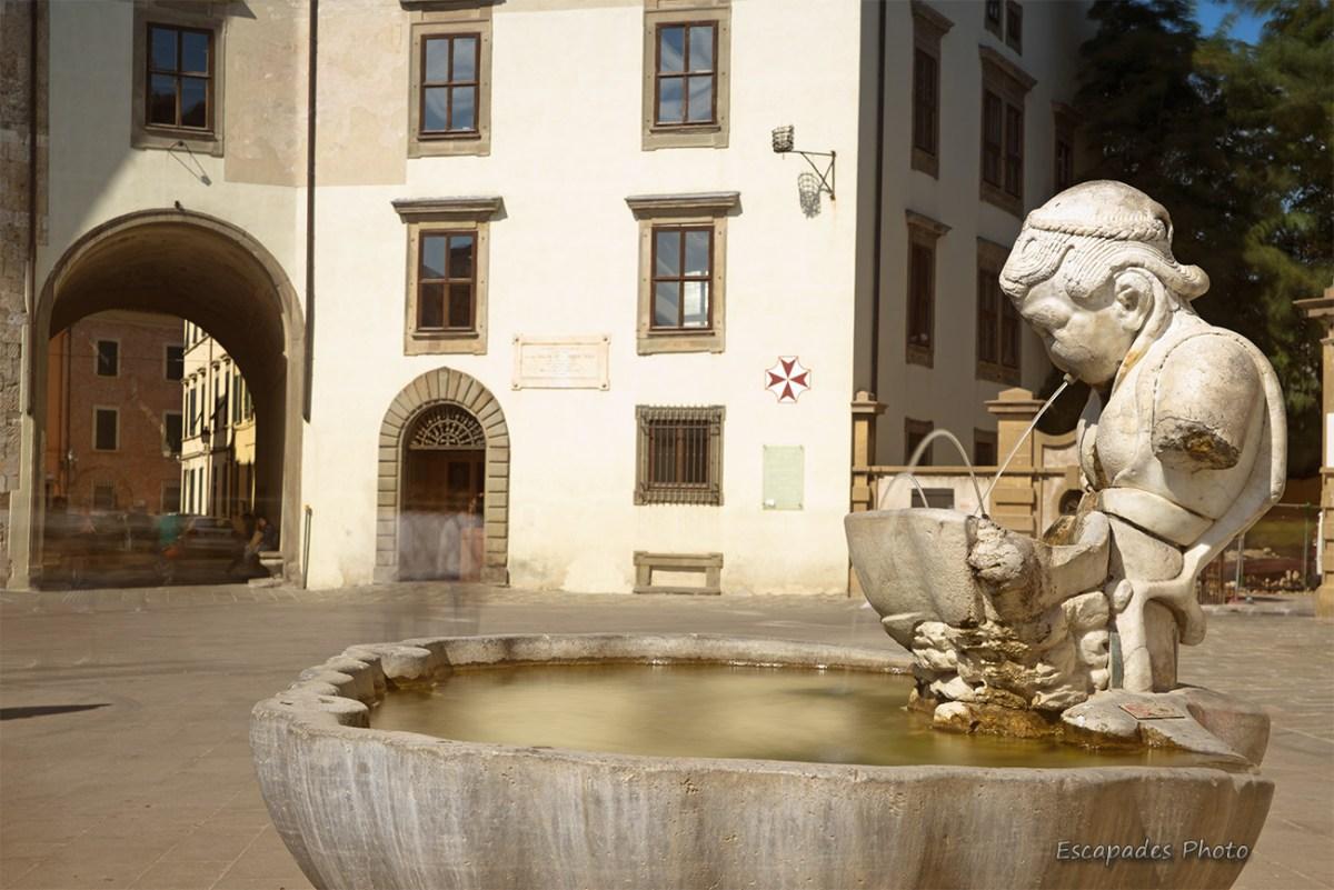 Fontaine place dei Cavalieri, Pise
