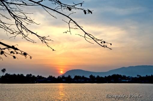 Coucher de soleil sur Kampot