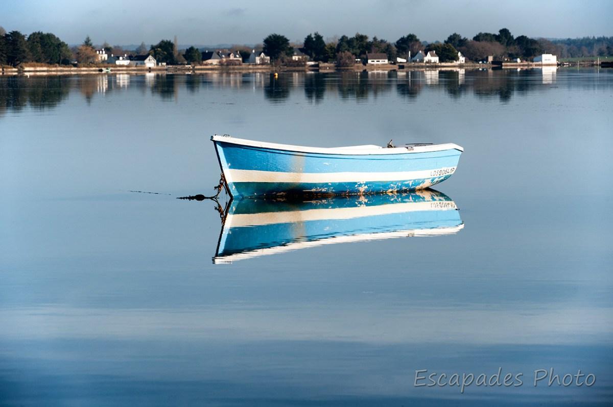 Anse de Strang Vihan - Un bateau comme sur un lac