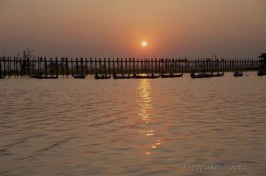 U Bein - coucher de soleil sur le célèbre pont