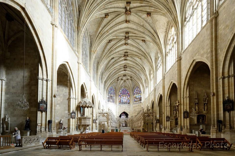 Nef cathédrale de Condom