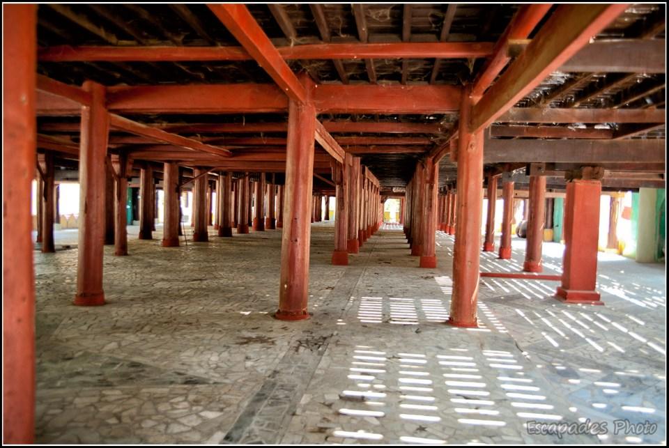 Shwenandaw Kyaung - monastère en teck la structure