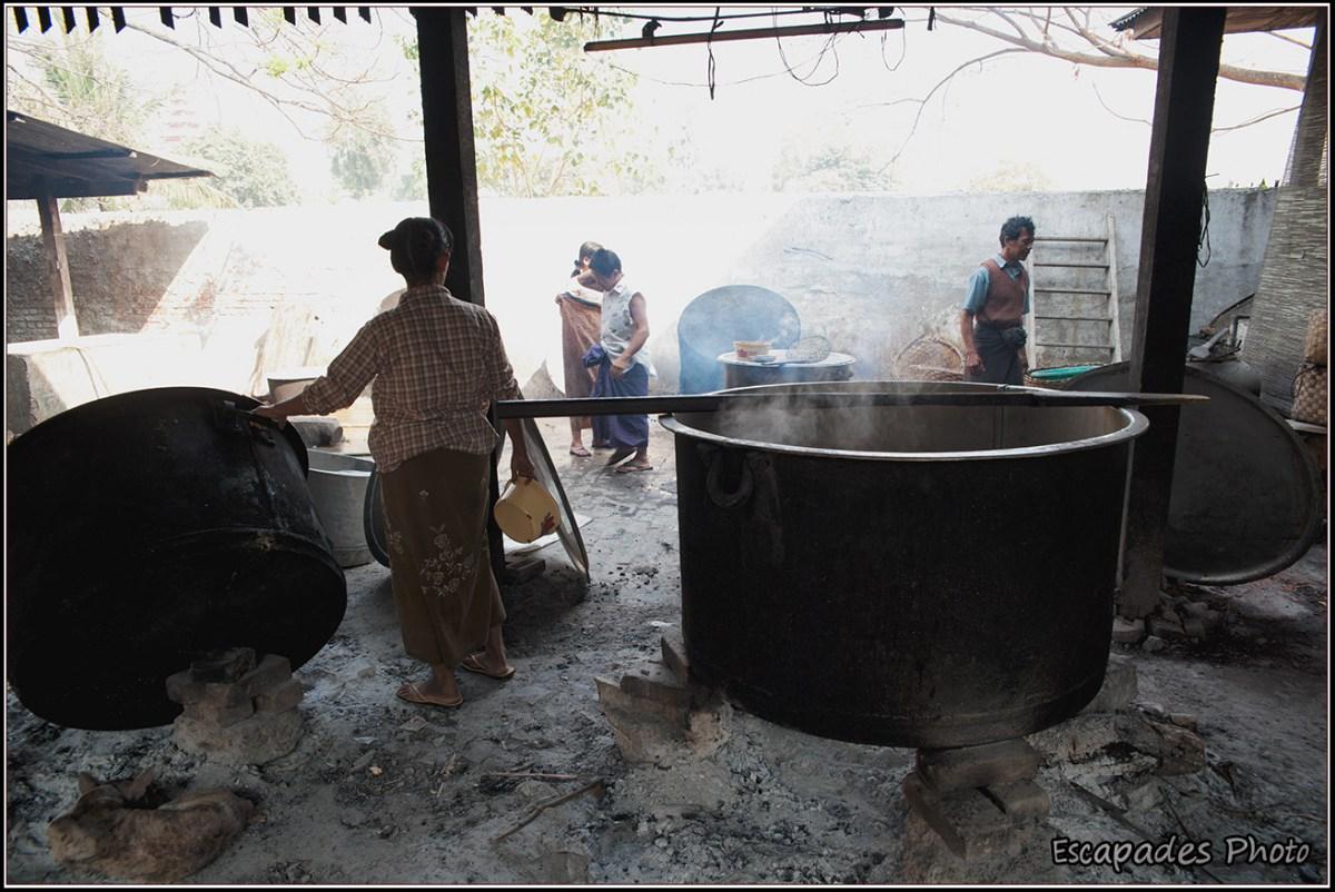 Amarapura Mahagandayon - Cuisines grandes marmites