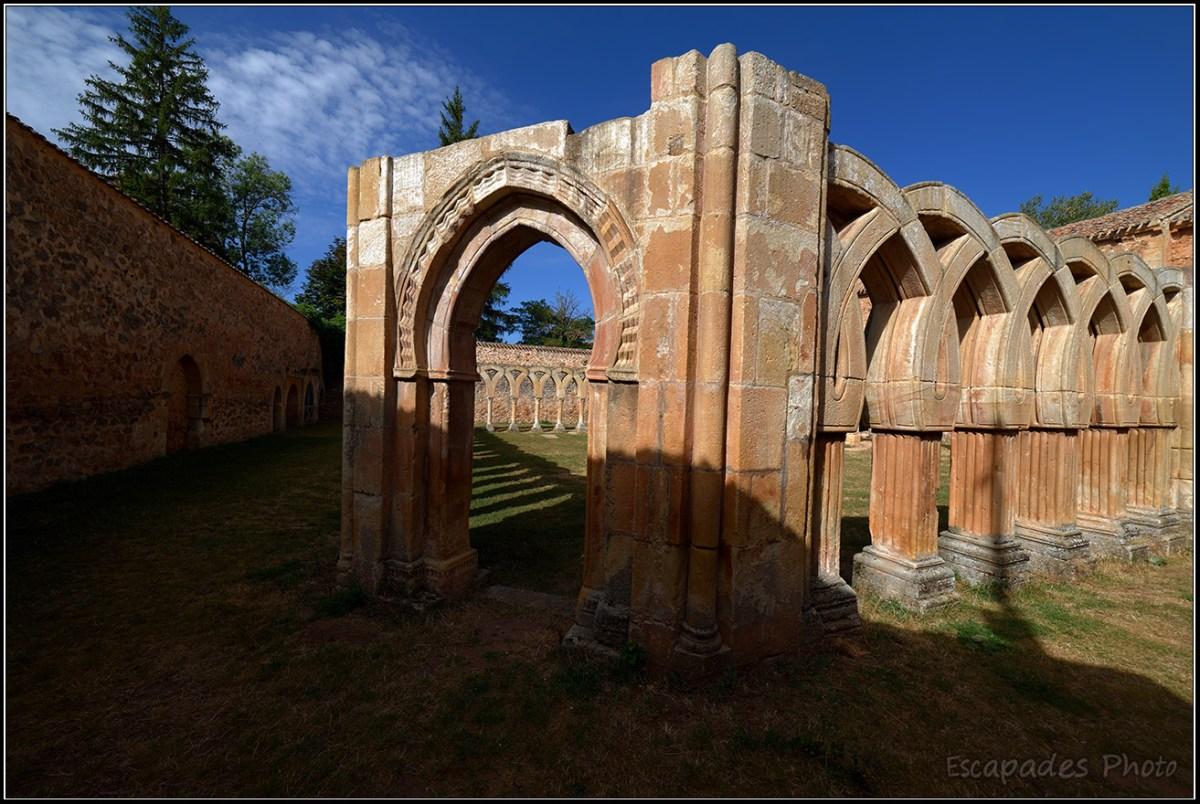 Soria - cloître San Juan de Duero