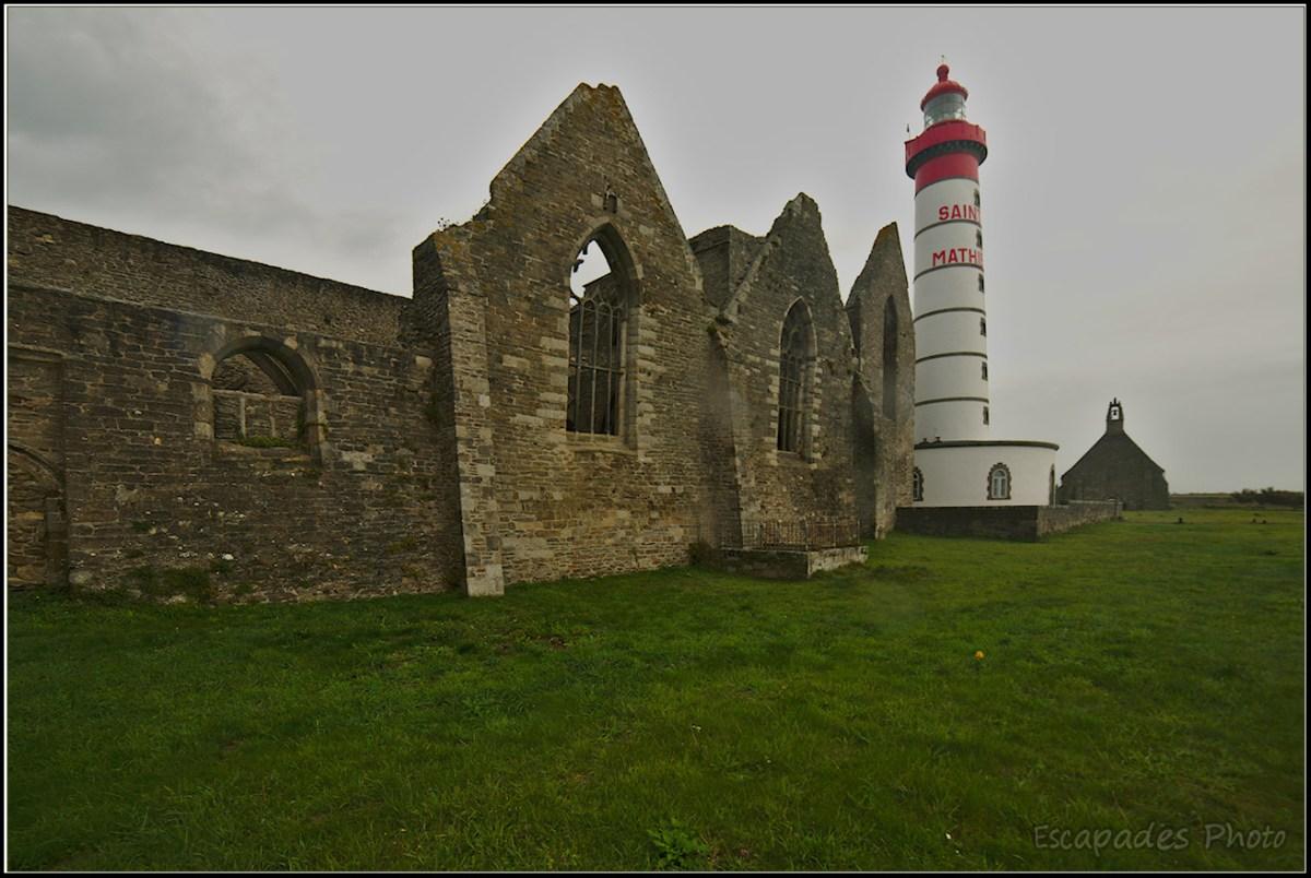 Les ruines Saint-Mathieu et le phare