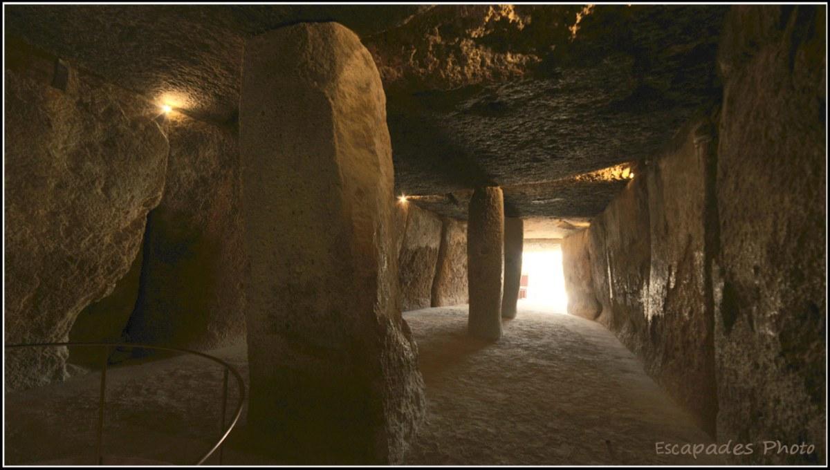 Dolmen de Menga - perspective intérieure