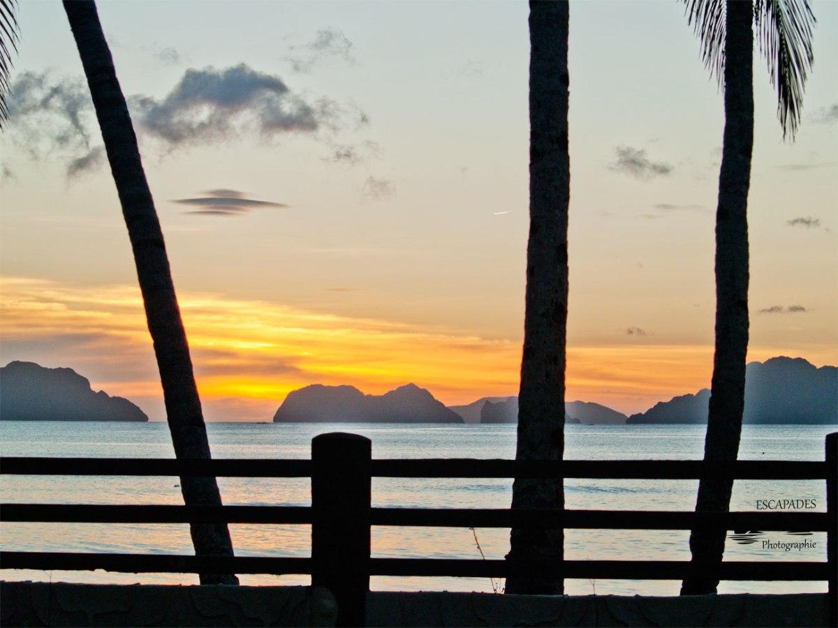 Terrasse sur la baie de Bacuit à El Nido