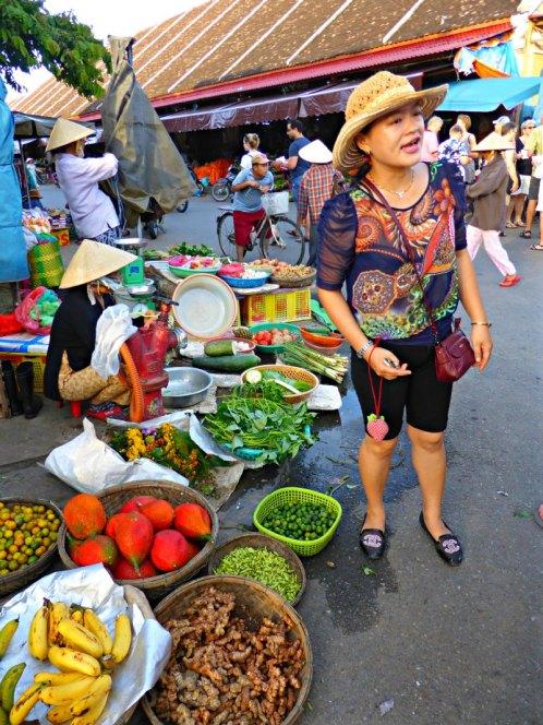 Vor dem Kochkurs: Shoppen auf dem Markt