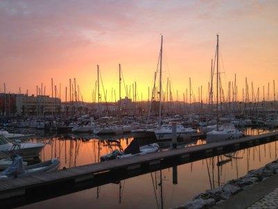 Sonnenuntergang im Yachthafen