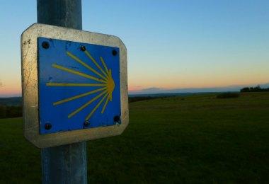 Saarland: Wanderung auf dem Jakobsweg im Bliesgau