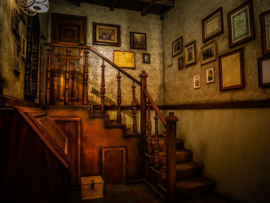 Enigmania Duisburg - Sherlock Holmes - Escape Room Duisburg