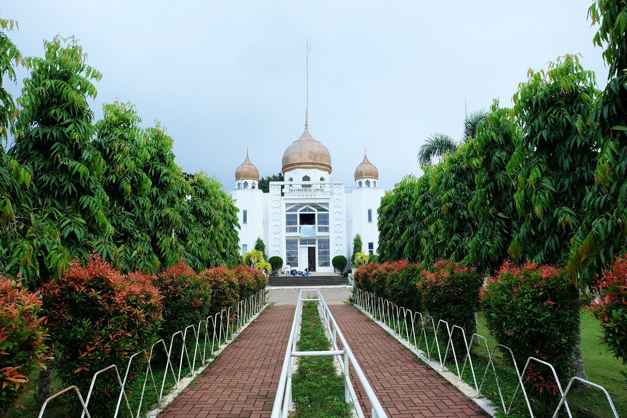 Top Tourist Spots in Sulu [And How To Get There]