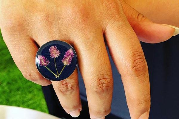 anillo flores Escere Arte