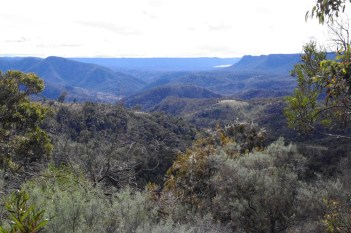 WOLLONDILLY RIVER COUNTRY