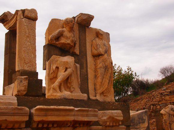 El Monumento a Memmios Despedida desde Éfeso. Guía de Viaje Turquia