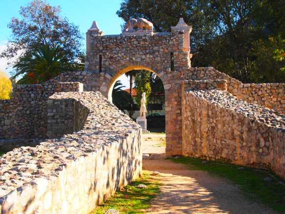 Recorrido historico calles de Piedras en Nauplia