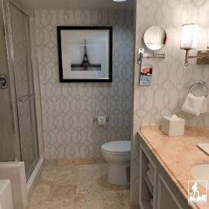 bathroom hotel and casino las vegas