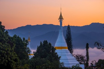 Mae Hong Song temple hill