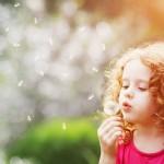 Pesquisadores da Harvard dão 5 dicas para criar crianças éticas e bondosas