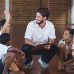 Como promover um bom acolhimento que favoreça a adaptação da criança na escola
