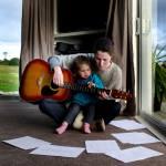 Educação musical: entenda os benefícios da atividade para crianças