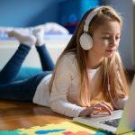 Internet nas férias escolares: veja 4 dicas para administrar essa questão