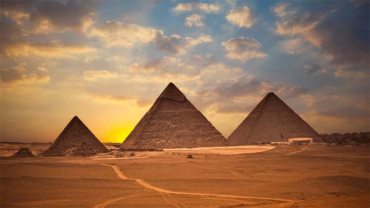 https://i2.wp.com/escolaeducacao.com.br/wp-content/uploads/2015/09/a-grande-piramides-de-gize.png