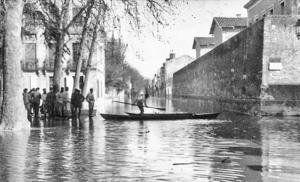 Inondation / crue de 1930 à Agen – Prison et rue de Strasbourg