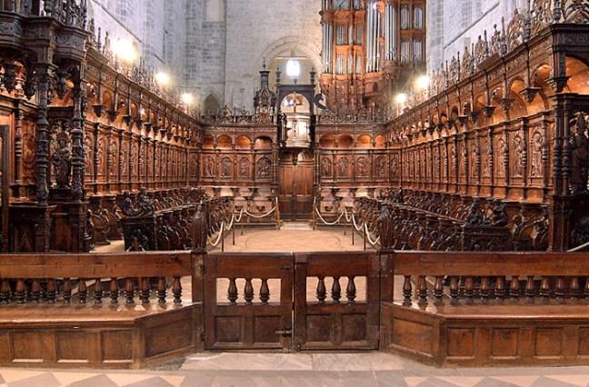 Cathédrale de Saint-BertandChoeur, stalles et jubé