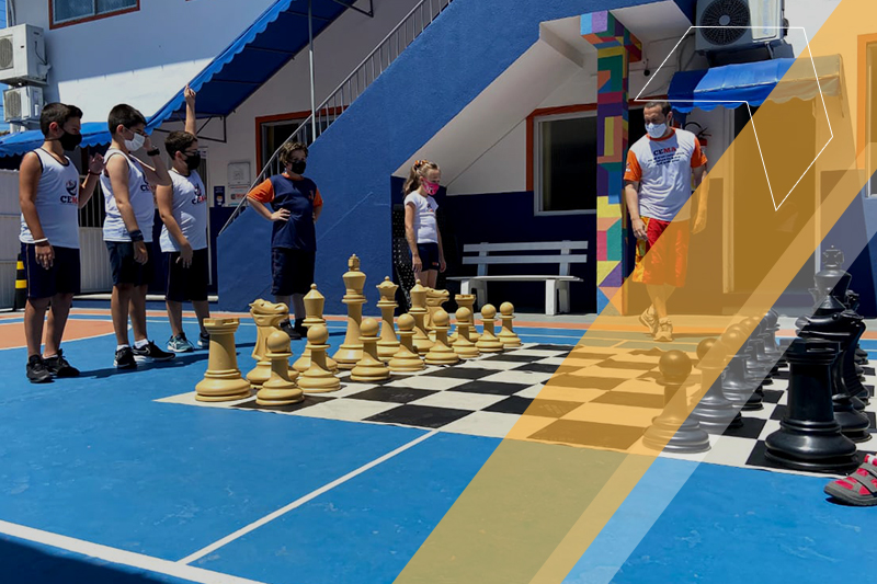 Xadrez na escola: jogo desenvolve competências e habilidades da BNCC
