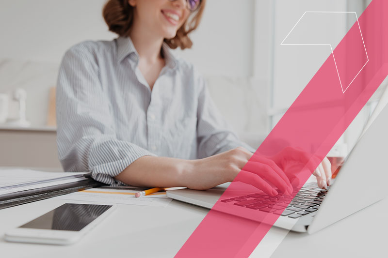 Como utilizar tecnologias educacionais para o fortalecimento de marca?