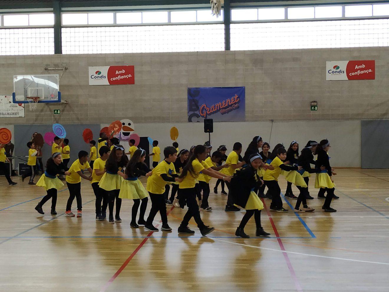 ELS BALLS DE CARNESTOLTES DE L'ESCOLA TANIT