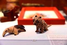 Os vicho ra'anga, ou imagens de bichos no dialeto Mbya Guarani, são esculturas de diversos animais confeccionadas em madeira caixeta.