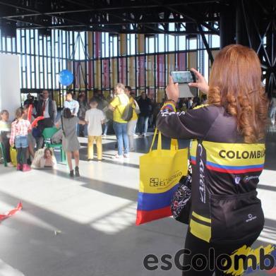 IV Feria de Servicios para Colombianos 2