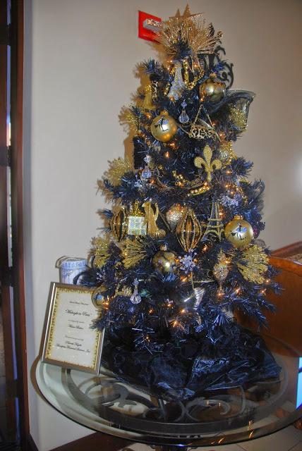 Bonsall Woman's Club Christmas Luncheon tree
